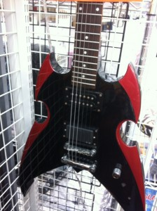 シルバートーン 変形ギター PS-AP1